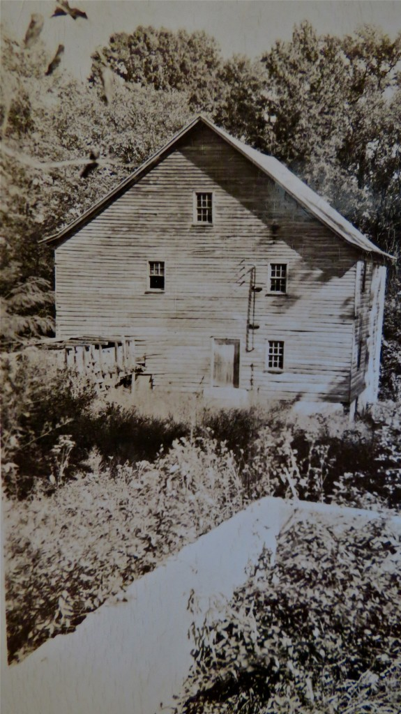 The old gristmill of the plantation.