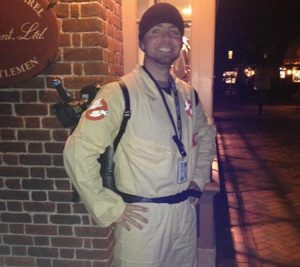 A dressed up Ghost Tour guide in Williamsburg, Virginia